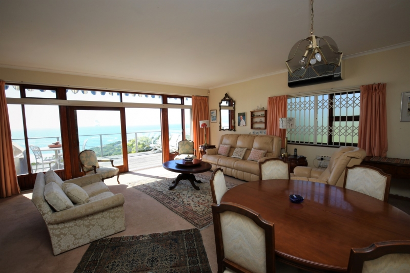 Plettenberg Bay, 5 Bedrooms Bedrooms, ,4 BathroomsBathrooms,Villa,For Sale,1021
