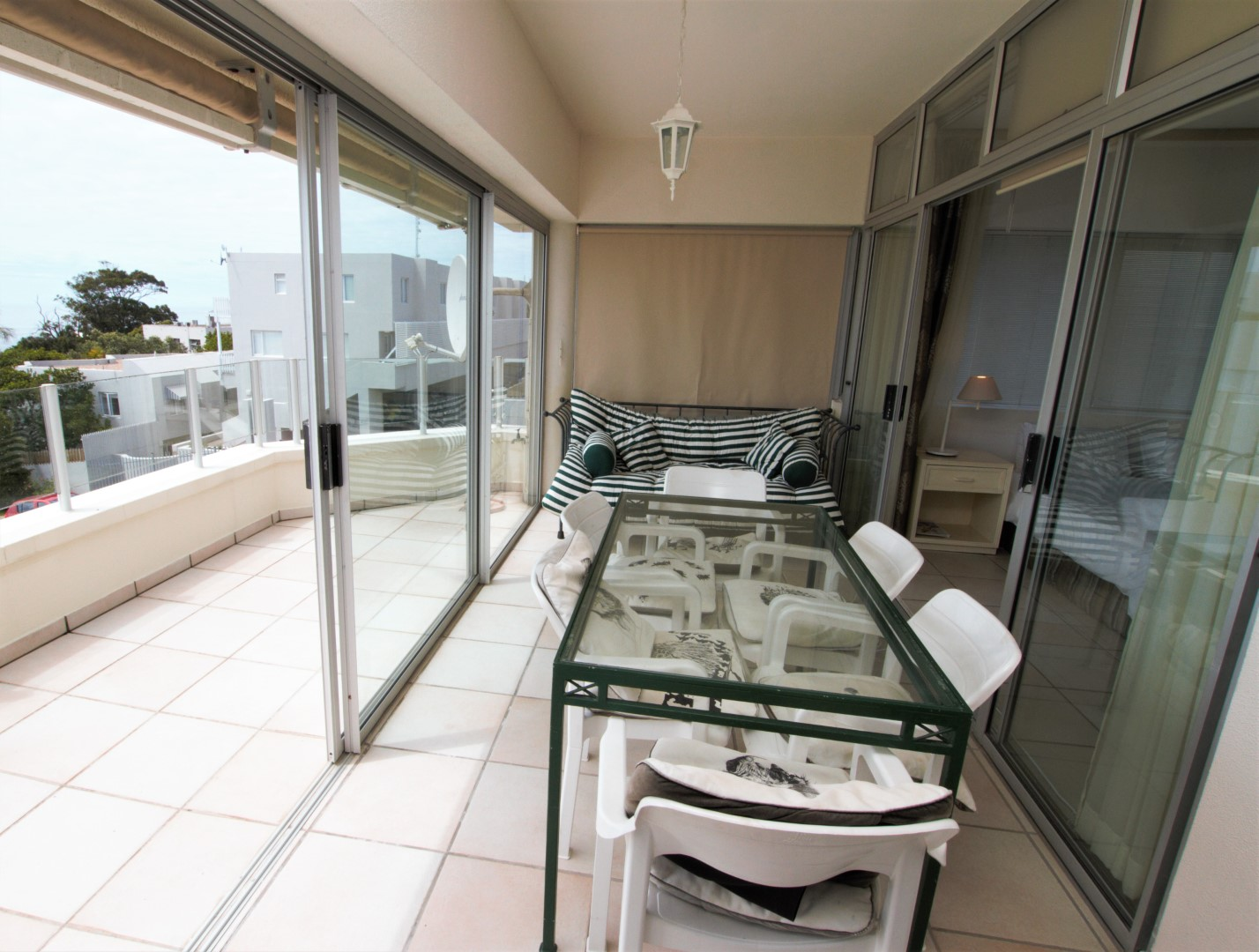Plettenberg Bay, 6600, 3 Bedrooms Bedrooms, ,3 BathroomsBathrooms,Apartment,For Sale,1049