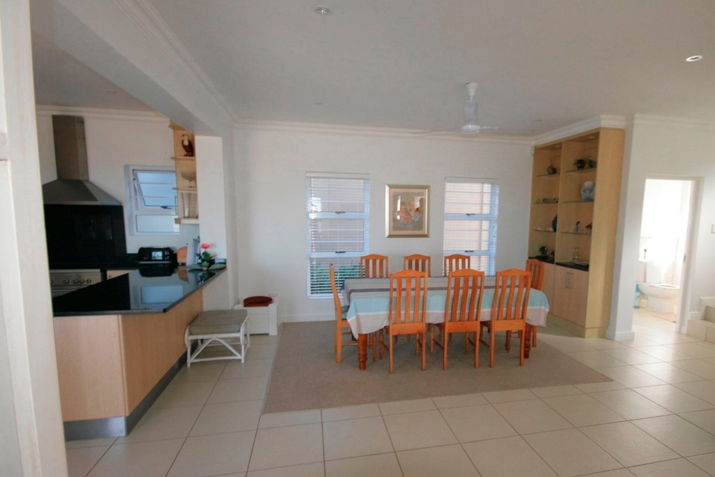Plettenberg Bay, 6600, 4 Bedrooms Bedrooms, ,3 BathroomsBathrooms,Villa,For Sale,1066
